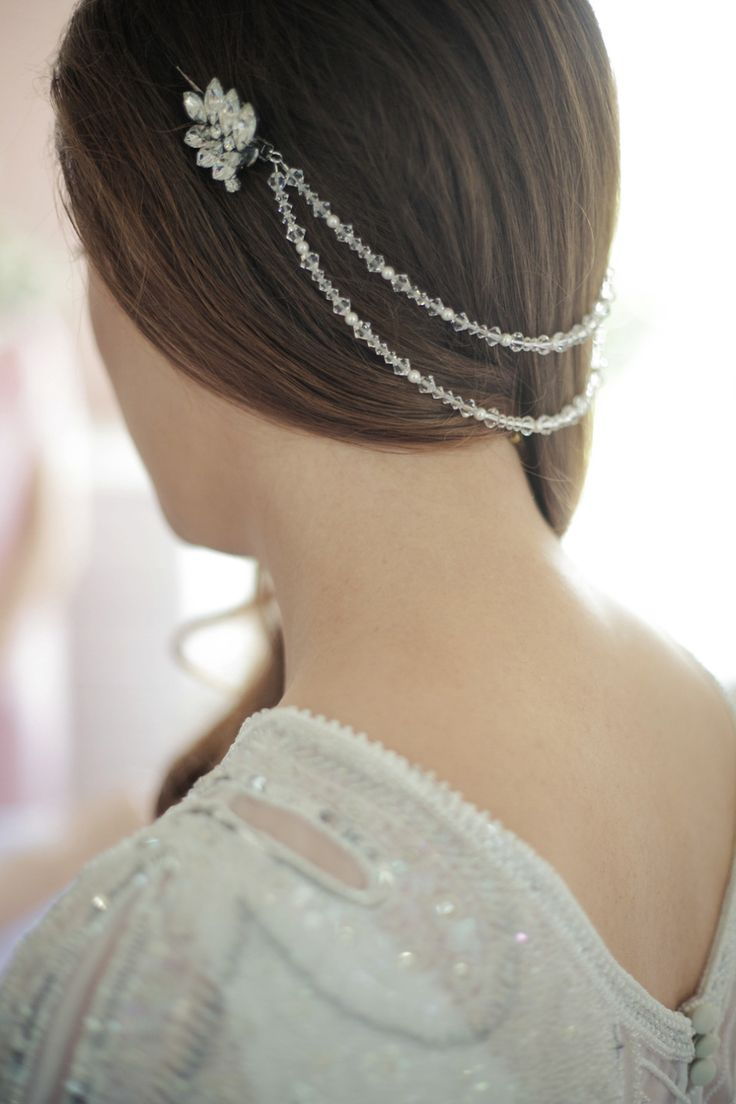 http://www.julesbridaljewellery.com/products/grecian-style-statement-headpiece-rhinestone-feature-clasps-marina