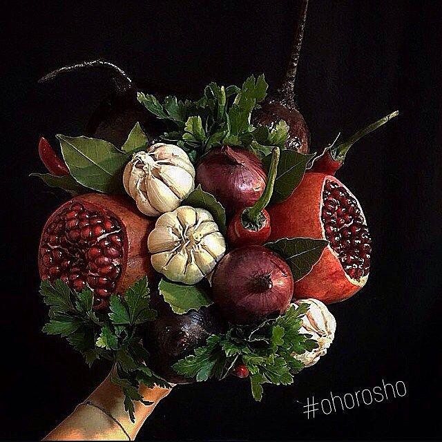 """Желающие научиться собирать """"Гранатовый браслет"""" от #ohorosho поднимите руки! Новый фото-урок #букетпорецепту_ohorosho про него снимаем?"""
