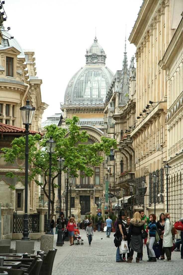 Le Petit Paris (Little Paris) - Bucharest