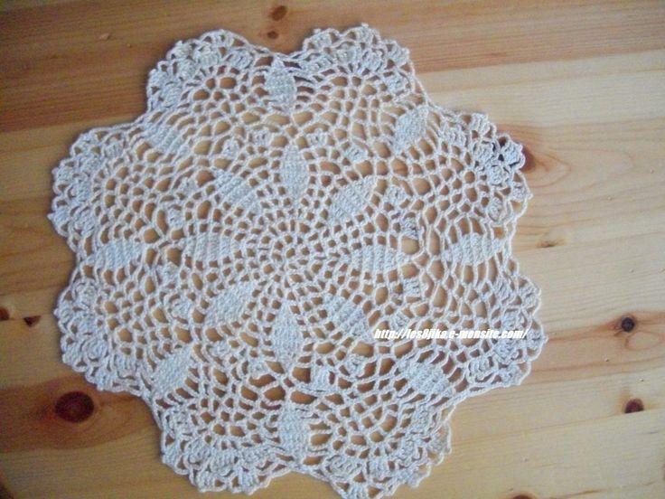 67 best Crochet doily patterns images on Pinterest   Crochet doilies ...