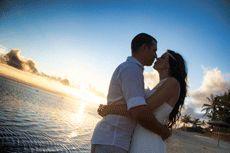Carly & Mark - Outrigger Fiji Resort - Photography Tokman Imagez