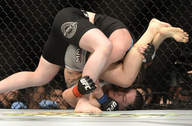UFC 186's Alexis Davis on out-of-position ref: 'It happens all the time' UFC 186  #UFC186