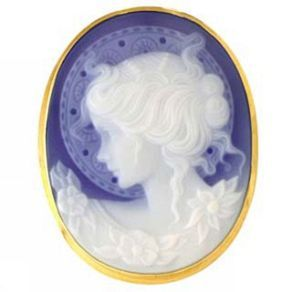 Italian Blue Cameo in Agate. A handmade brooch & pendant agate cameo representing a woman with halo. Pierotucci distributes handmade Agate cameo brooches, pendants and jewelry in Florence.