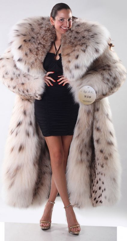 Yet another fur model wearing the hides of god-knows-how many beautiful, murdered, lynxes...