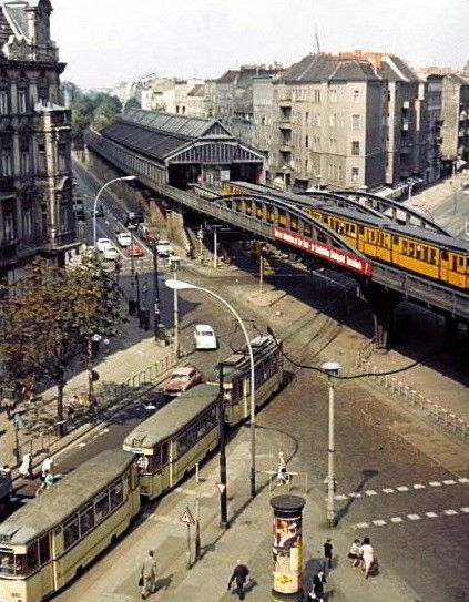 Ost-Berlin, heutige U-Bahnhof Eberswalder Straße