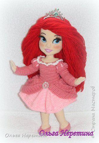 Куколка Ариэль с набором одежды (связана крючком)