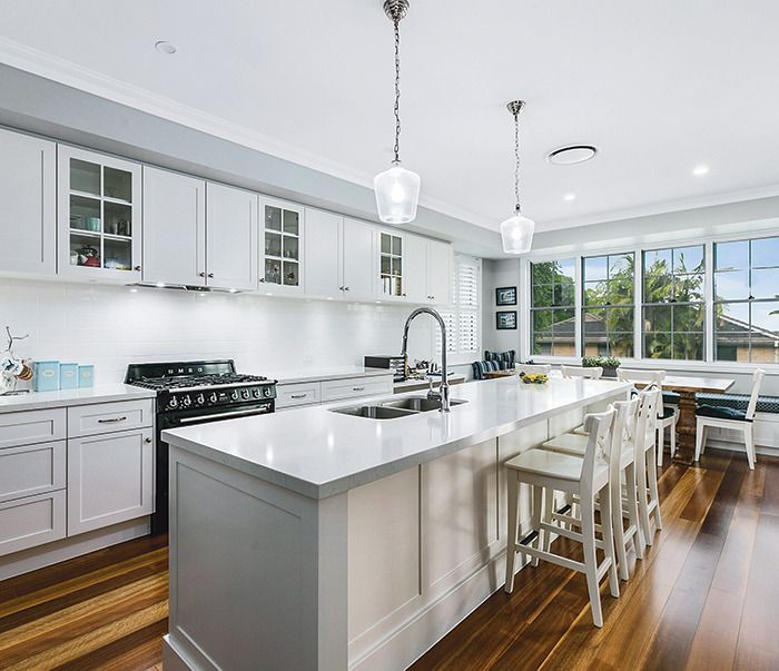 This bayside beauty is custom designed by Casey Jackson Homes. http://www.queenslandhomes.com.au/hamptons-inspired-bayside-home/