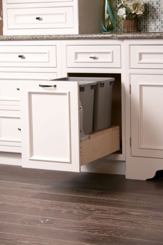 Showroom 2 - contemporary - cabinet and drawer organizers - minneapolis - Focal Point