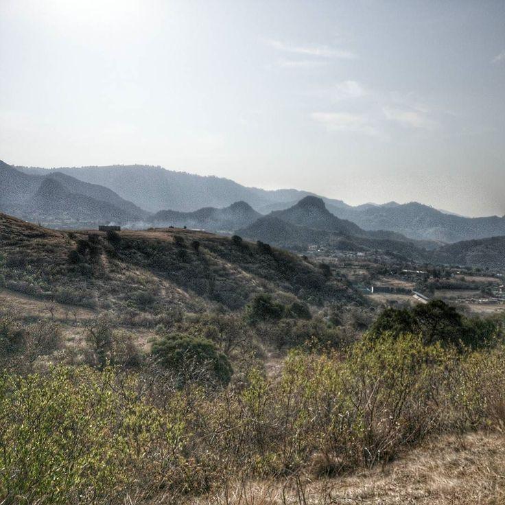 El día de hoy tuve entrenamiento en campo traviesa 6km y a pesar de lo difícil del camino el espectáculo de la naturaleza es impresionante  #runner #running #run #nature #mexico #healthychoices #trail #landscape #landscapephotography #photography #photo #sport #motivacion #motivation