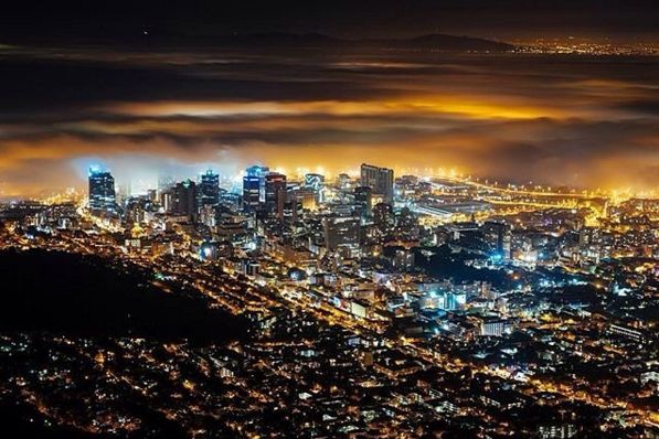 "Check out more sweet pics like these, who made them, and the stories behind them: instagram.com/capetownmag. Are you on Instagram? Tag one of your great pics with#CapeTownMag and we might just feature your image. The picture of the week for the winning #capetownmag feature!   ""This City looked amazing last night. Lions head walks with @kyle.kingsley ""   featuring @waynegtl ."