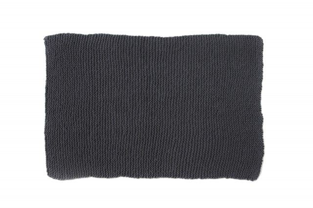 Blanket Garter (anthracite) > http://zilalila.com/blanket-garter-anthracite #Zilalila #Blanket #Garther #Wool #Knitted #Kids #Label #Interior #Nepal #Fairtrade #Friendly #Conscious #Blanket #Bedspread #Eco #Children