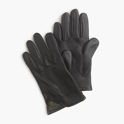 "The warmth of cashmere. The look of leather. These gloves check all the boxes for what you want in a glove—and because they're specially treated to work with smartphone and tablet screens, they make it easy to answer calls and texts without the ""bite finger and pull off"" move.  <ul><li>S (9 3/4""L x 4 3/8""W), M (10""L x 4 5/8""W), L (10 1/4""L x 4 7/8""W).</li><li>Leather, cashmere.</li><li>Import.</li></ul>"