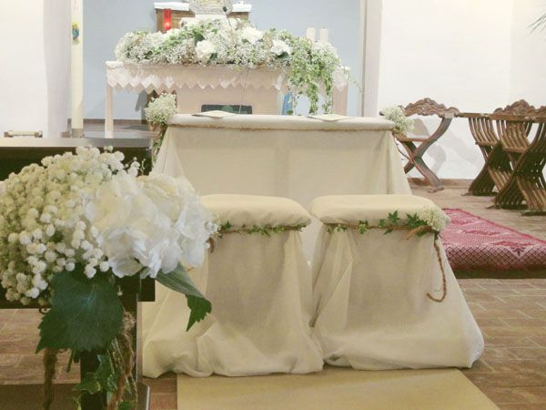 Matrimonio Tema Tessuti : Oltre fantastiche idee su composizioni floreali