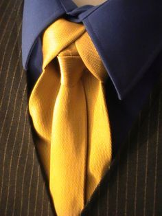 Ediety Knot. Merovingian Knot. Necktie. Click through for the how to video.