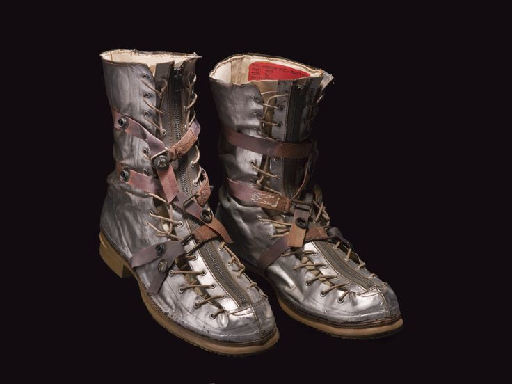astronaut space boots - photo #10