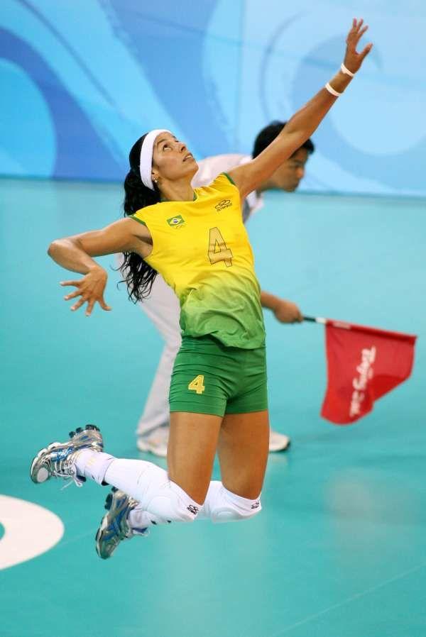 Paula Pequeno - Brazilian Olympic Volleyball