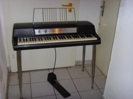 Best 25+ Wurlitzer piano ideas on Pinterest Black piano - ebay kleinanzeigen küchenmaschine