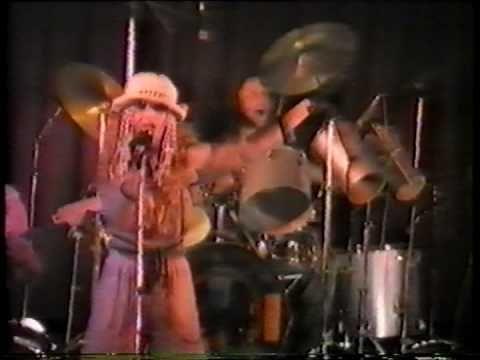 Jana Kratochvílová & Heval - Nevěsta Reggae (live 1983) - YouTube