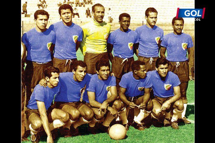 seleccion de 1962 con uniformes muy basicos empieza este juego