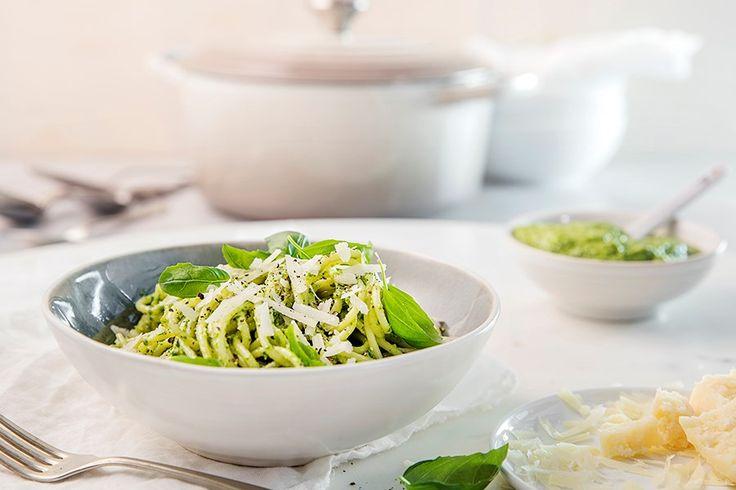 Oppskrift på pasta med avokado-pesto