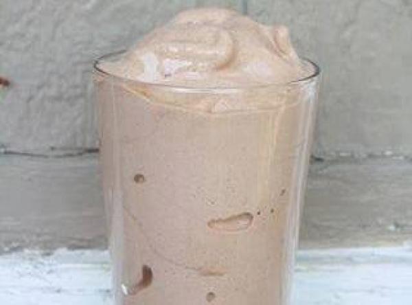 Copycat recipe for Wendy's Frostie Recipe -made skinny!