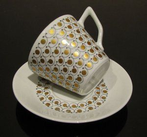 Arabia MEKKA cup and saucer, designed by Esteri Tomula