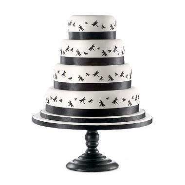 Dragonfly wedding cake, by Daisy Hill Cake Company---- I absolutely freakin LOVE this cake