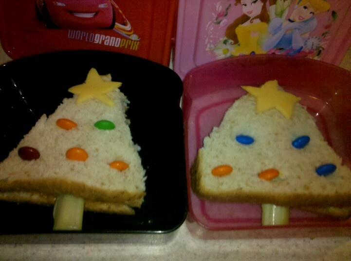 Ordinary Preschool Christmas Party Food Ideas Part - 8: Christmas Tree Sandwiches. Easy, Fun Lunch Idea! (Image Only)
