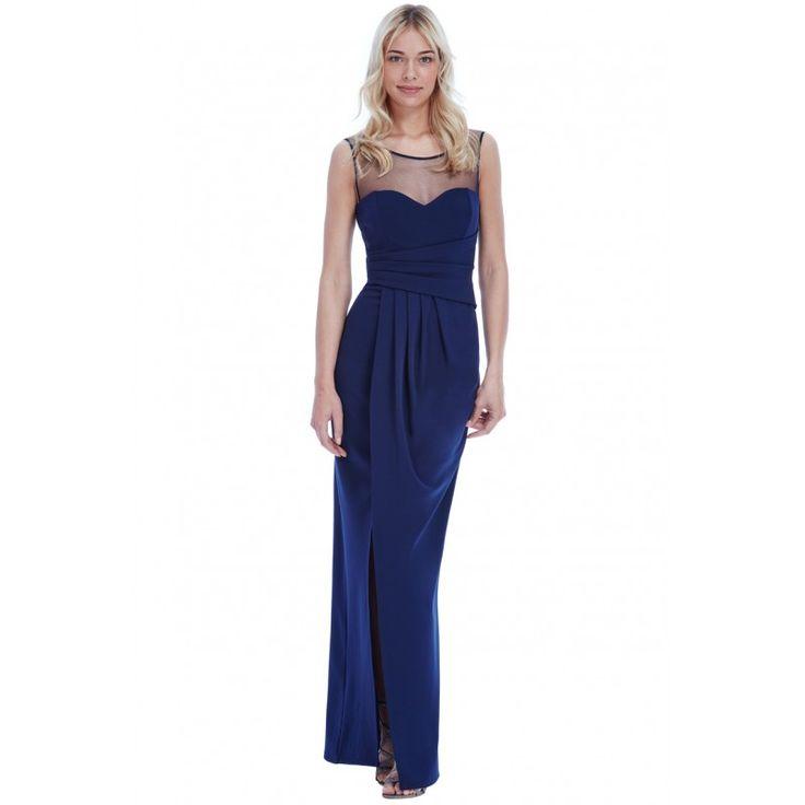 Granatowa, długa sukienka wyszczuplająca z siateczką i rozcięciem.