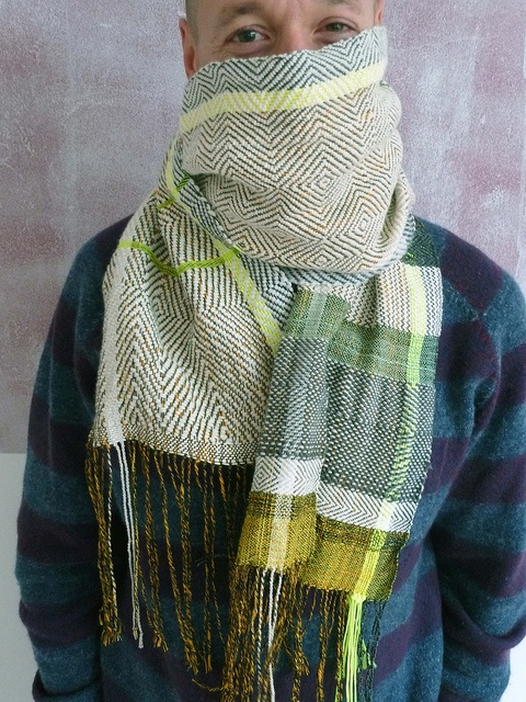 Handwoven scarf by Ilse Acke