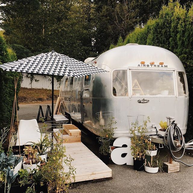 The Tin Can Homestead - Stunning Airstream Renovation & Alternative Living