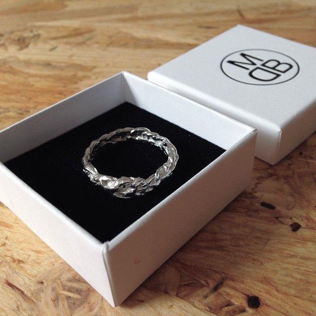 silver ring, crochet | mieke de been • sieraden