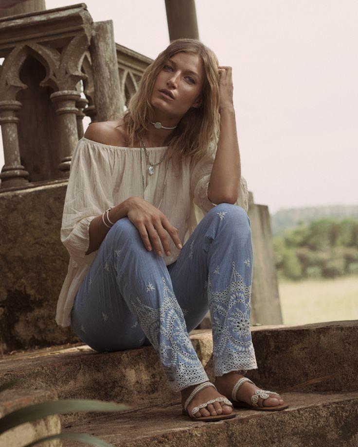 Ruby Yaya | White & Indigo #mediterrean #lovespring #getthelook #musthave #broderie