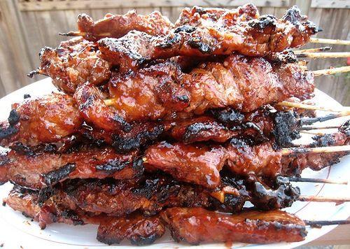 philipino barbecue chicken skewers recipe | Filipino BBQ pork skewers - works w chicken