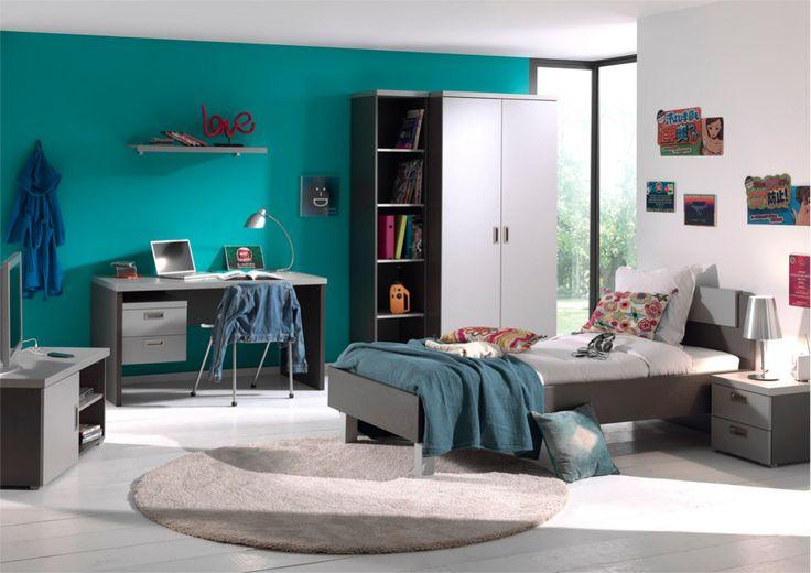 Frodo Complete Kinderkamer - Tienerkamer 5-delig. Is dit niet een fantastische kamer? Leuk voor jongens maar ook voor meisjes! Mooie robuuste kamer gemaakt van sterke melamine met een uitvoering in grafiet en geborsteld metaal. Dit ziet er zeer modern uit, en door deze kleurencombinatie zijn de meubels makkelijk te combineren! Deze set bestaat uit: een ledikant 90/200, een nachtkastje, een 2-deurs kledingkast, een bureau en een hangblok voor onder het bureau.