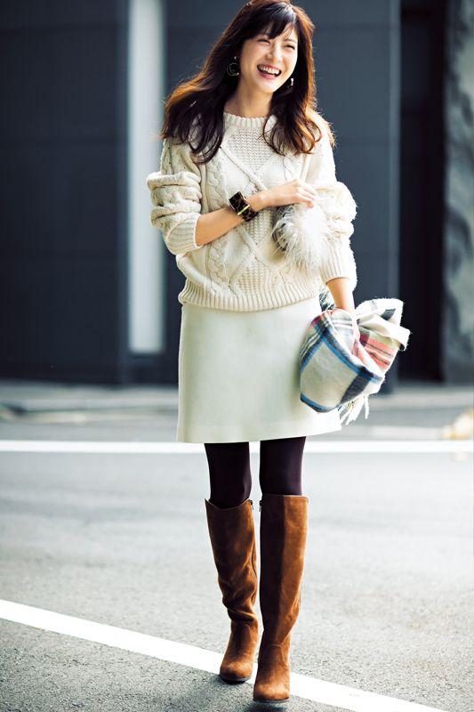 【今日のコーデ/佐藤ありさ】仲間とクリパの金曜日は白く甘い冬カジで!   ファッション(コーディネート・流行)   DAILY MORE