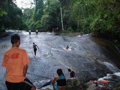 cachoeira do penha - surfando na pedra - fontela