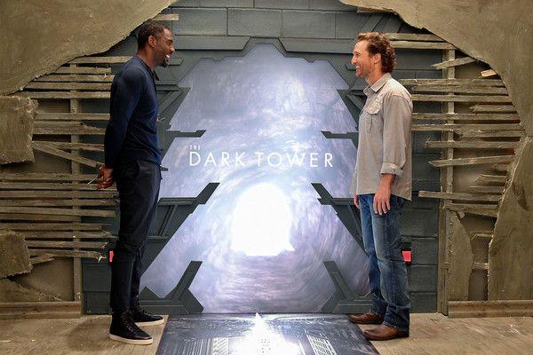 Idris Elba Photos Photos - Actor Idris Elba and Alan Tacher are seen on the set of 'Despierta America' to promote the film 'Dark Tower' at Univision Studios on August 2, 2017 in Miami, Florida. Celebrities Visit Univision's 'Despierta America'