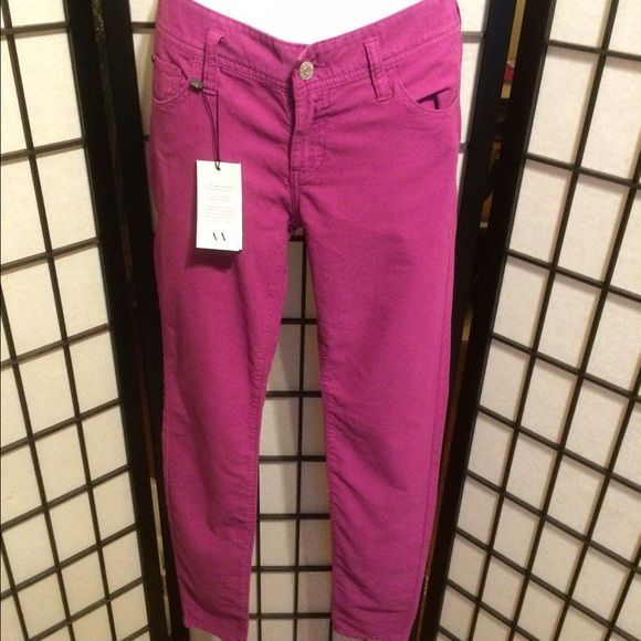 Armani Exchange Purple Skinnies Awesome & fitness fitting. Armani Exchange Leggings in a great Purple color. These are BNWT. Armani Exchange Pants Skinny