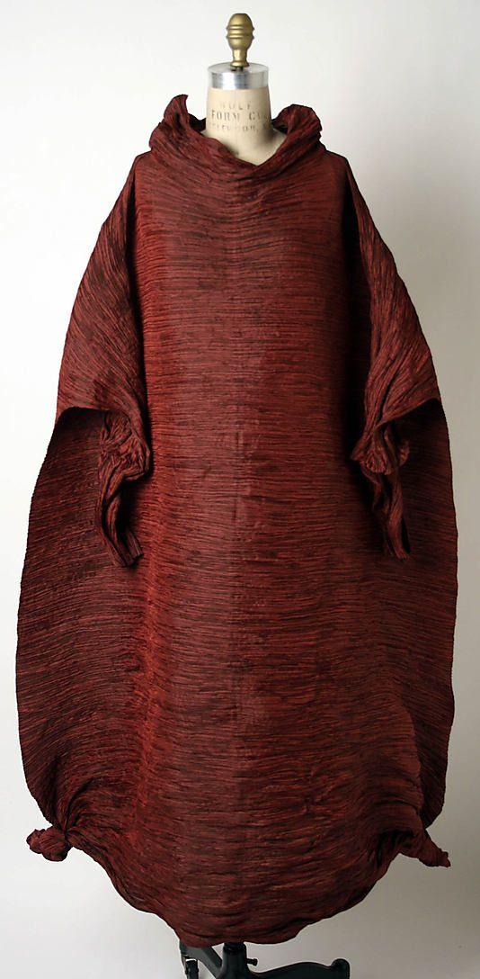 Evening dress   Issey Miyake (Japanese, born 1938)    Design House: Miyake Design Studio (Japanese)   Date: fall/winter 1992–93   Culture: Japanese