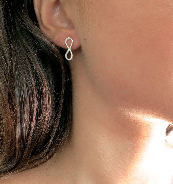 earring sterling .925 silver delicate simple minimalist geometrical stackable handmade infinity infinite forever eternity eternal love universe karma geometric symbol simpliik ring
