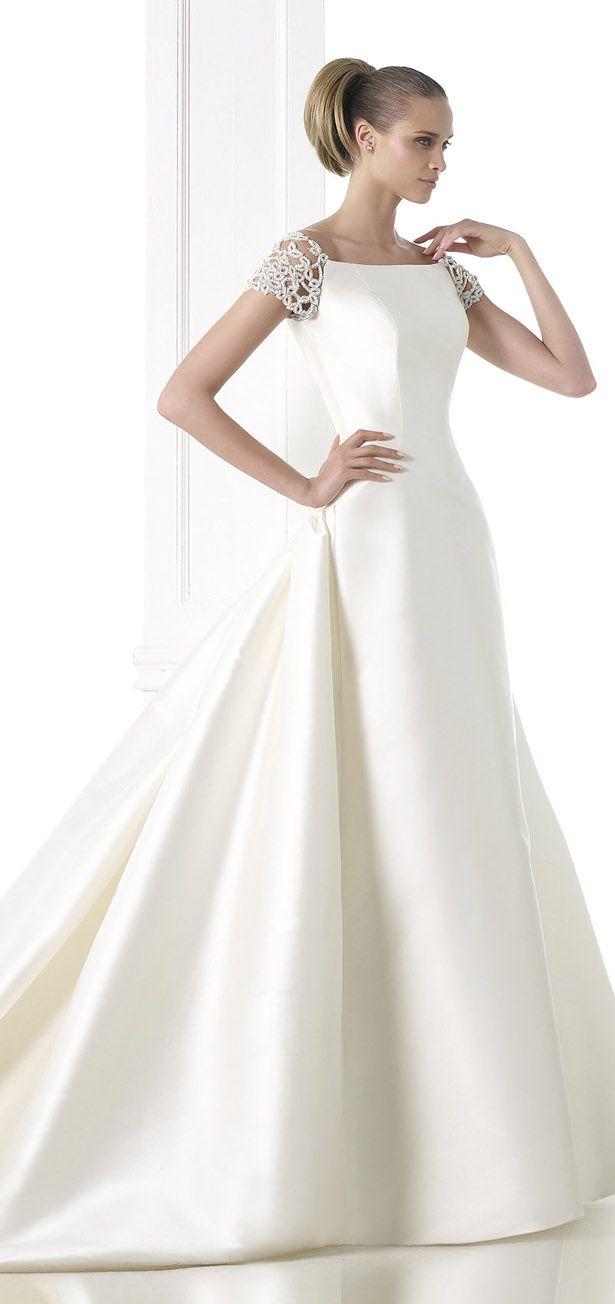 18 best bridal dresses images on pinterest wedding dressses atelier pronovias 2015 haute couture bridal collection ombrellifo Image collections