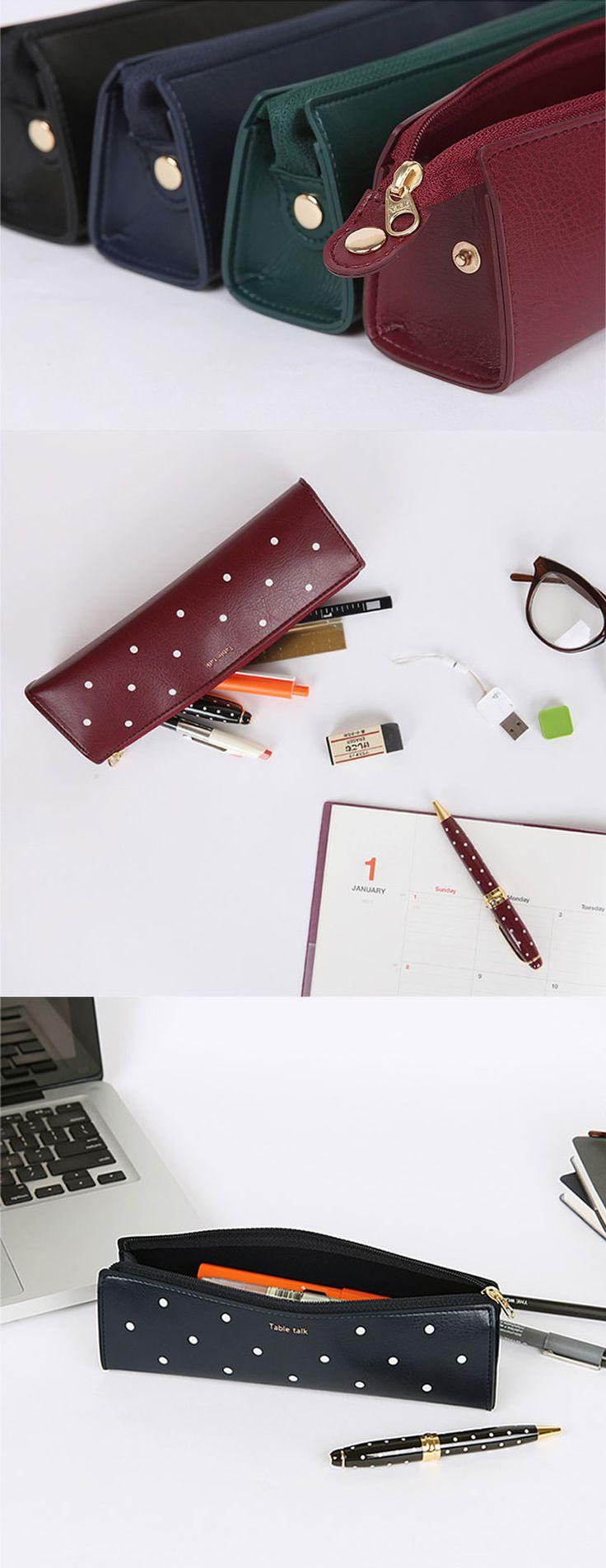 Table Talk Triangle Dot Pen Case