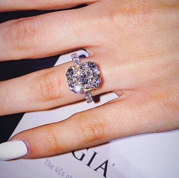 radiant diamond engagement ring - Big Diamond Wedding Rings