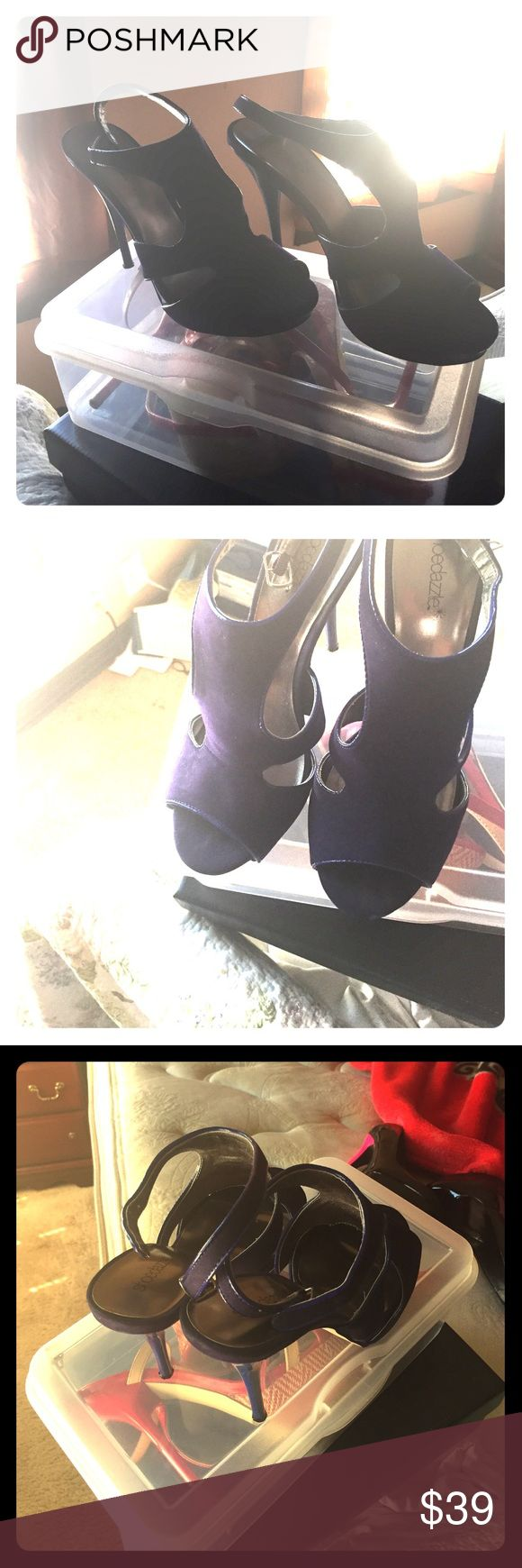 Shoes Nice blue-sh-dark purple hing heels 👠!!  Good for any date-night or formal. Size 8.5 but I think it runs small because is just fit me perfectly & im size 8. Just to let you know my pretty girls & lady's. 😄 Shoes Heels