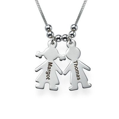 Mum Necklace with Engraved Kids Charms | MyNameNecklace
