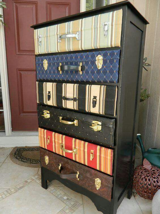 DIY SUITCASE DRESSER....she took an old dresser and made the drawers look like vintage suitcases. Love this idea! What do you think? https://onmycreativeside.wordpress.com/2012/08/23/the-third-installment-of-the-dresser-upcycle-project/
