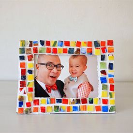 17 best images about picture frame on pinterest frame for Picture frame crafts for adults