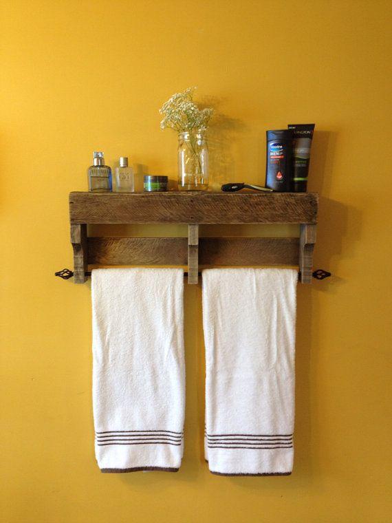 17 best ideas about pallet towel rack on pinterest towel. Black Bedroom Furniture Sets. Home Design Ideas