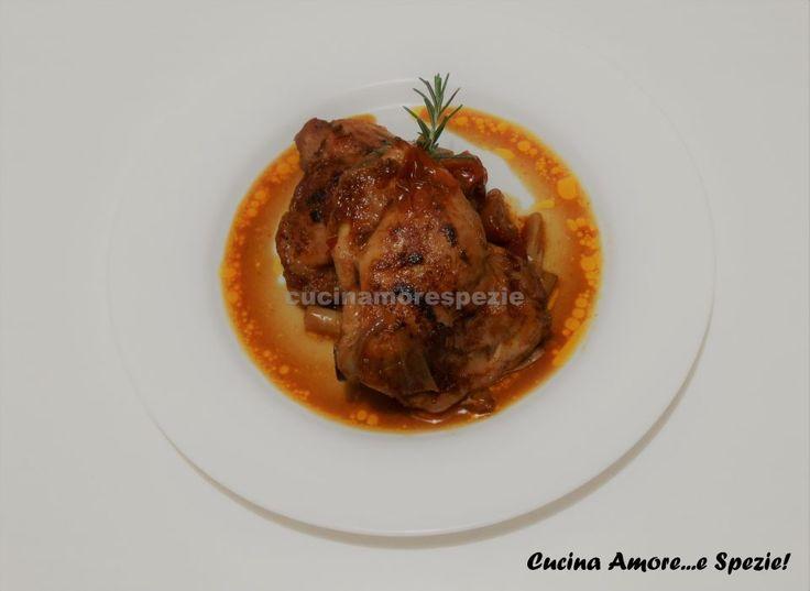 Nei giorni freddi come questi, il pollo piccante alla birra è il giusto piatto che saprà riscaldarvi con gusto. Presenta dei sapori molto rustici, come...